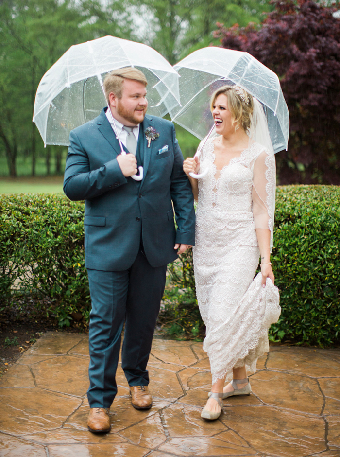 best ideas for rain on your wedding day