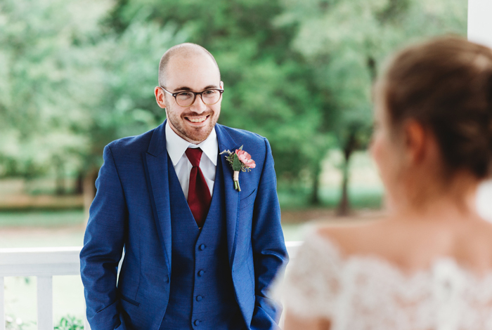 groom's reaction to bride