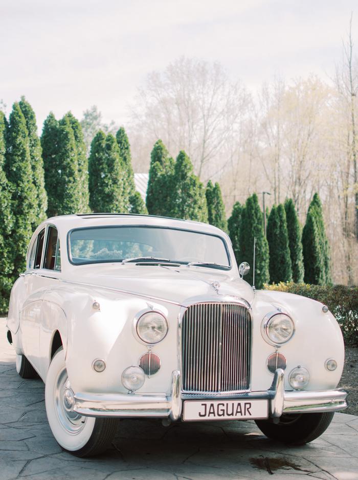 1959 jaguar mk. ix saloon