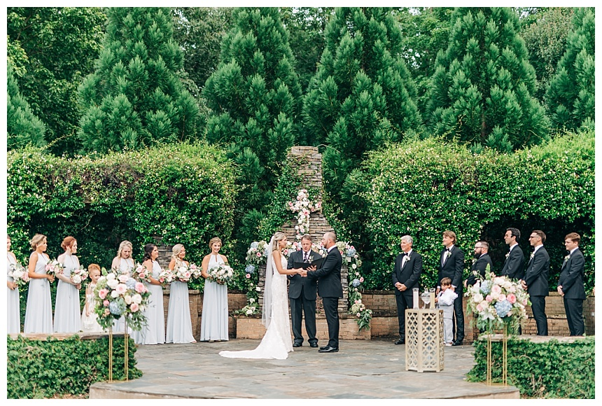 Keeping It Simple: Planning A Wedding In Thirty Days